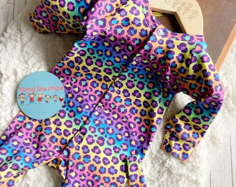 Baby girls rainbow leopard print sleepsuit and hat set, new baby gift, baby shower gift, baby girl sleepsuit, baby gift set, baby clothes,
