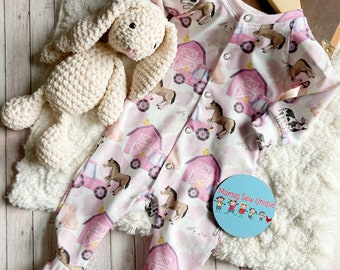 Girls tractor sleepsuit, tractor baby clothes, farm baby clothes, new baby girl gift, tractor baby, baby clothes with a farm theme,