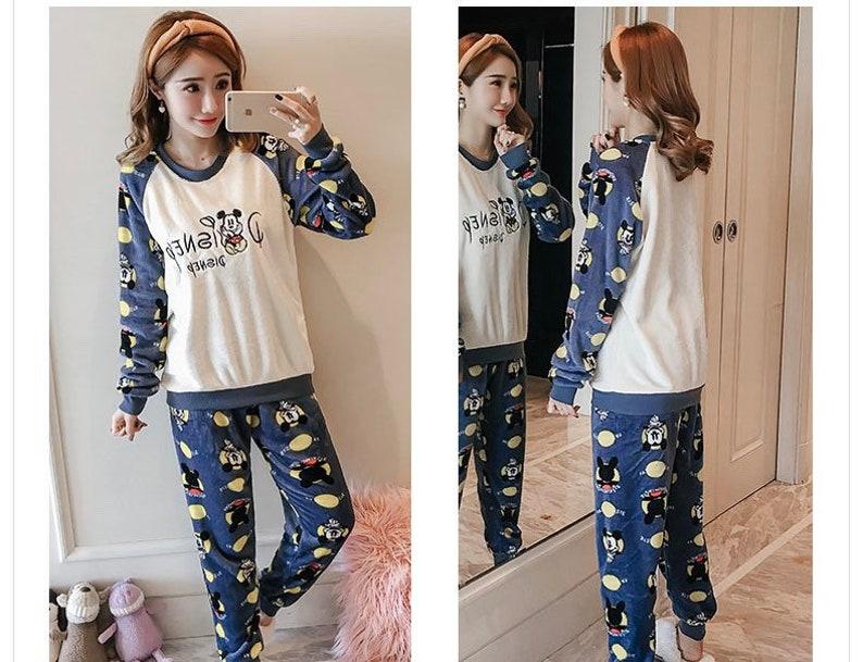 Women/'s Fleece Mickey Pajamas Set