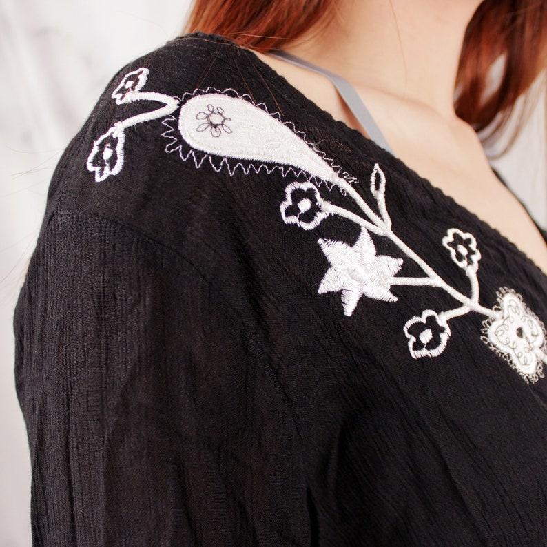 Vintage Embroidered Boho Top Retro Black Bell Sleeve Hippie Shirt