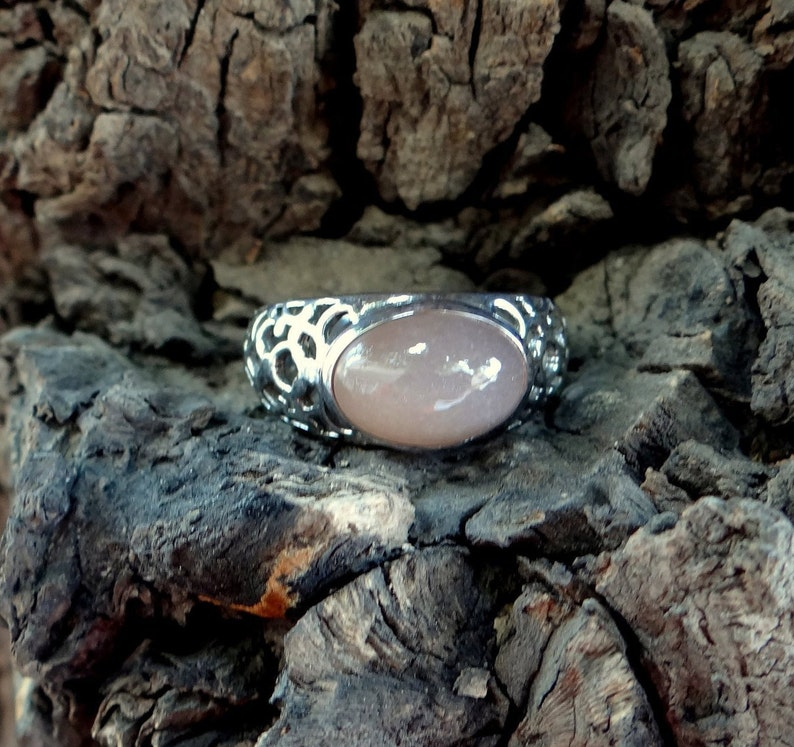 NATURAL  PEACH  MOONSTONE  Ring U.S Ring Size -6,7,8,9,10,11 925 Silver Ring- Oval Shape ring,Handmade ring,Beautiful ring Silver Ring