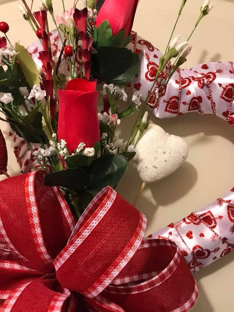 Valentines Day Flowers Heart Wreath