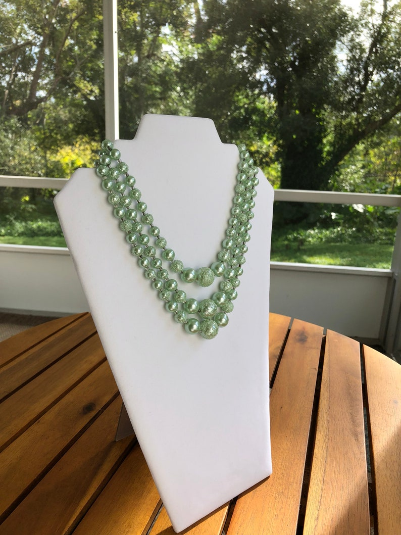 Vintage 15 Three-Strand Chunky Mint Green Bubble Bead Necklace 1960/'s