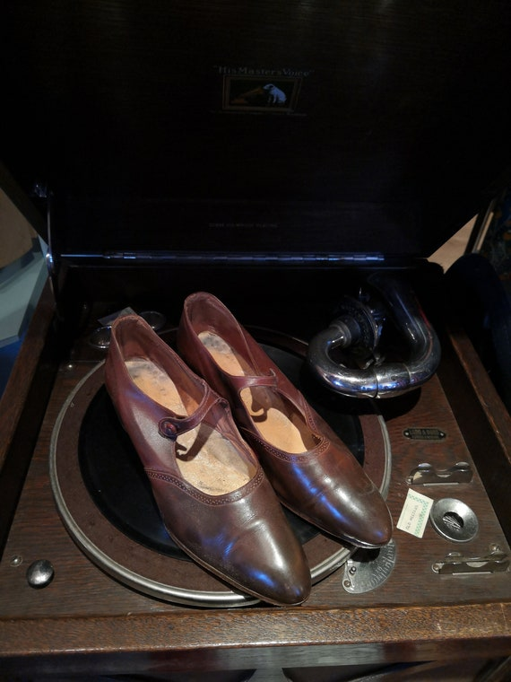 Vintage 1920's Brown Shoes
