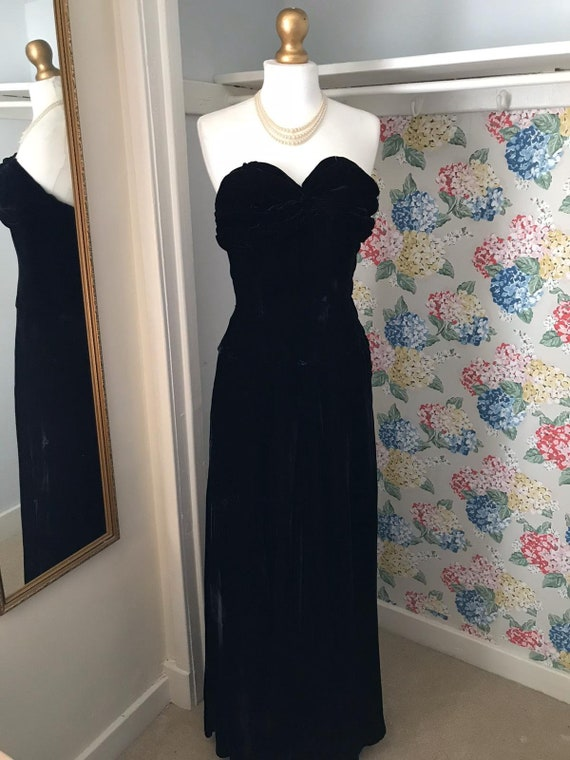 1930's Vintage Black Velvet Evening Gown