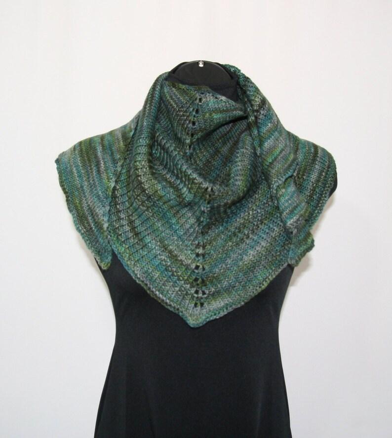 Hand knit shawl, Knitted shawlette, knit scarf, shawl, women's shawl