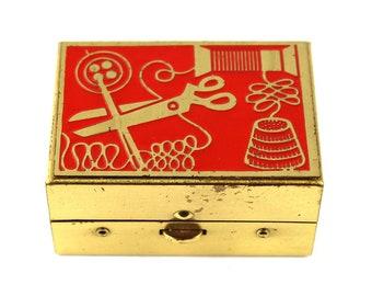Vintage travel sewing kit miniature 60's