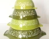 Vintage IOB Spring Blossom Green Pyrex 4 Pc Mixing Bowl Set Cinderella Bowls 1970s Retro Kitchen Factory Sealed Box