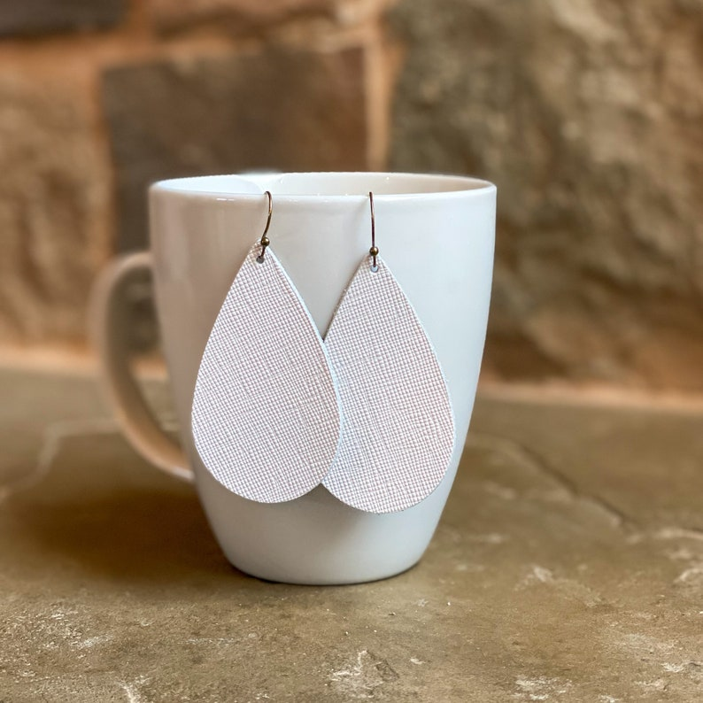Leather earrings leather teardrop earrings, teardrop earrings