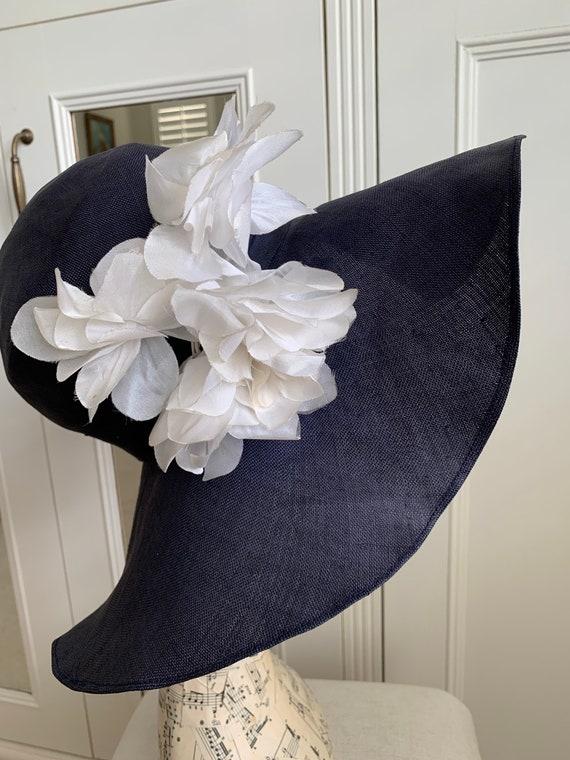 Vintage 1970s linen Navy blue floppy sun hat