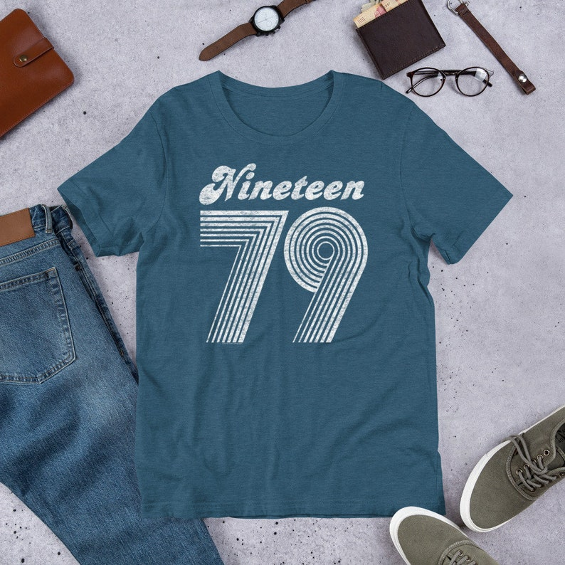 Age Made In 79 Mens T-Shirt Birthday Present Birth Year 1979-40 40th