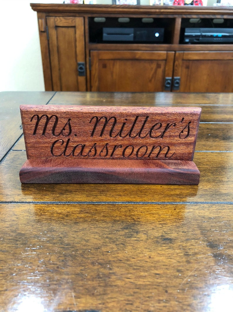 DESK NAME PLATE WALNUT PERSONALIZED CUSTOM ENGRAVING SHIPS 2 DAY MAIL