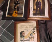 Opryland . Ronnie Milsap, Martin guitar avertising, 3 framed photo 39 s. 2 Signed