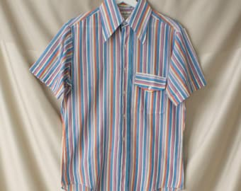 a58089d724a1 Vintage 60's 70's Marlboro Button Down Shirt Short Sleeves Size Medium  Colorful Stripes Summer Vibes