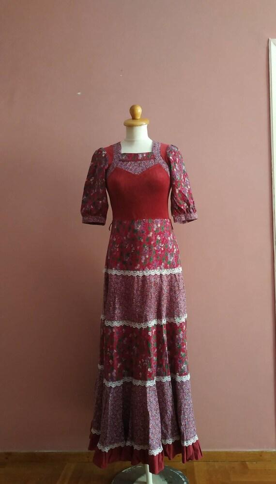 Bohemian maxi 1970's dress