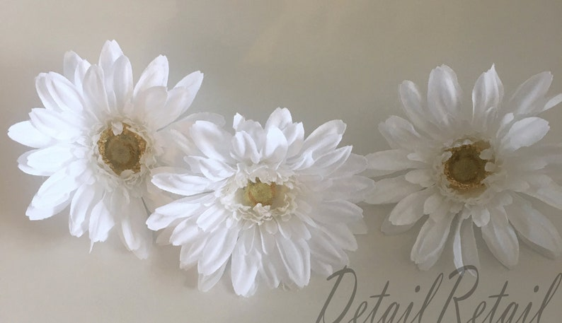 Floral Craft Artificial Flower White  Daisy Hair Pieces Halo Decorative Daisy Silk Flower Three White Gerbera  Daisies Head