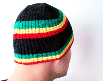 5ad4d888d7f Vintage Skull Cap Rasta Color Hat Colorful Hat Winter Hat Medium Size Hat  Knitted Hat Beanie Hat Warm Hat Retro Hat Rasta Color Pattern