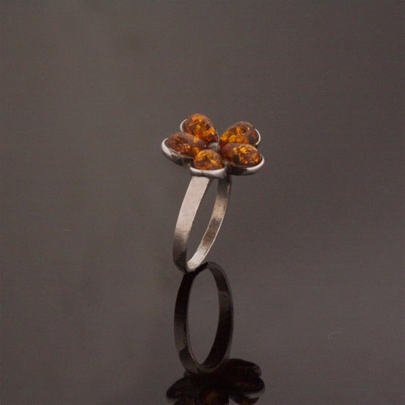 Silver ring with drop Amber stone,Flower Rings,Natural Amber Ring,Adjustable ring,Amber Flower Ring,Vintage Ring,Honey Amber,NUR-3834