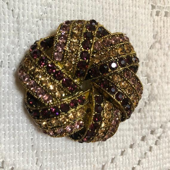 Gorgeous Monet brooch