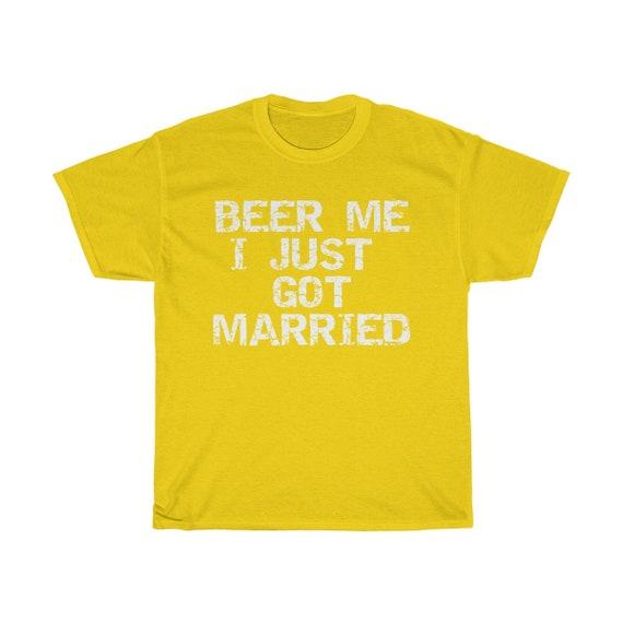Moi j'ai juste eu chemise Just Married TShirt marié TShirt Married manches courtes, elle a dit oui chemise se marier la bière Tee bière Me chemise 4ff69c