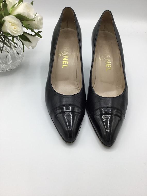 Vintage Chanel Black shoes Heels/pumps  1990s Sz 3