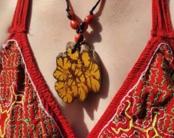 SHIPIBO BIB NECKLACE Unique one of a kind tribal   design