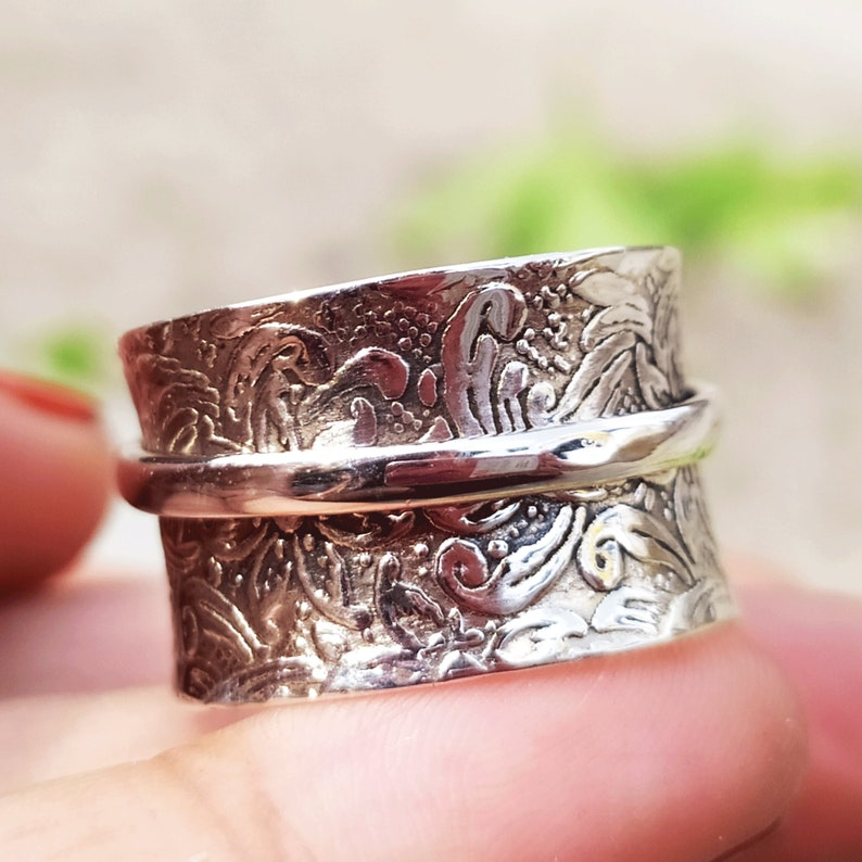Boho Spinner Ring Spin Ring Singl Band Ring Anxiety Ring Meditation Ring Spinning Ring 925 Sterling Silver Heart Charm Handmade Jewelry Gift