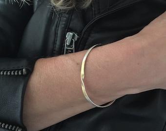 Mobius cuff in silver, handmade, sapphire cuff in gold and silver, Mobius bracelet, designer bracelet, designer cuff, handmade, golden cuff
