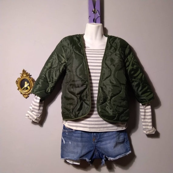 pre-owned quilted jacket / military cropped liner
