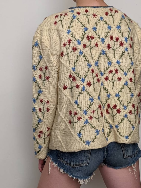 XSml vintage austrian embroidered duster sweater i