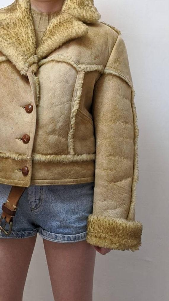 ardney shearling cropped jacket - image 5