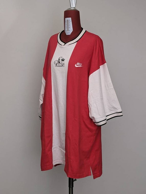 XXLT vintage nike basketball lions red white block