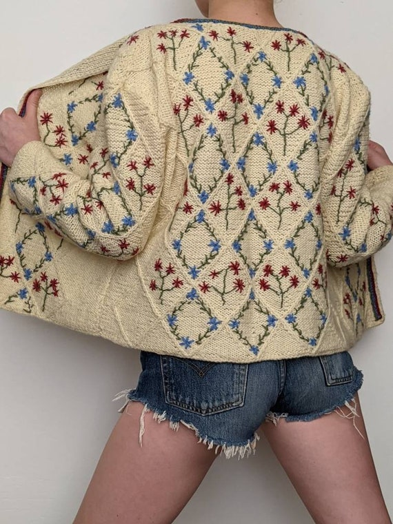 XSml vintage austrian embroidered duster sweater … - image 4