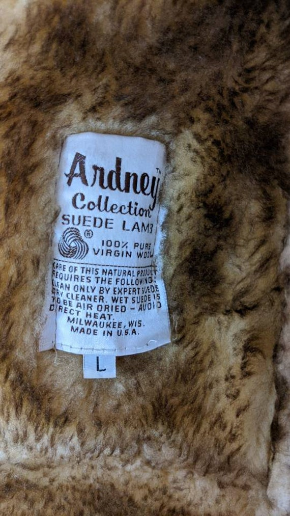 ardney shearling cropped jacket - image 8
