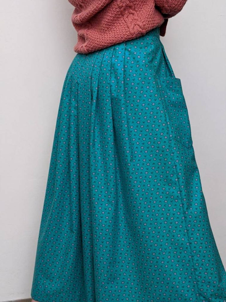 cotton flannel m vintage romantic dirndl skirt button front ditsy floral skirt ethnic austrian dirndl skirt loose comfortable cotton skirt