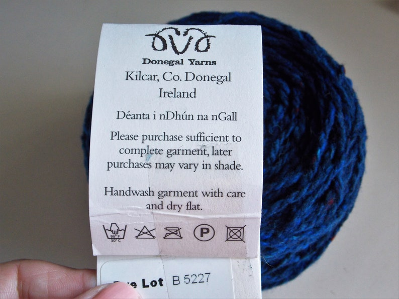 Worsted weight Toirc 2ply yarn blue 3.6 oz and 2.7 oz Soft Donegal 100/% merino wool Color B5227