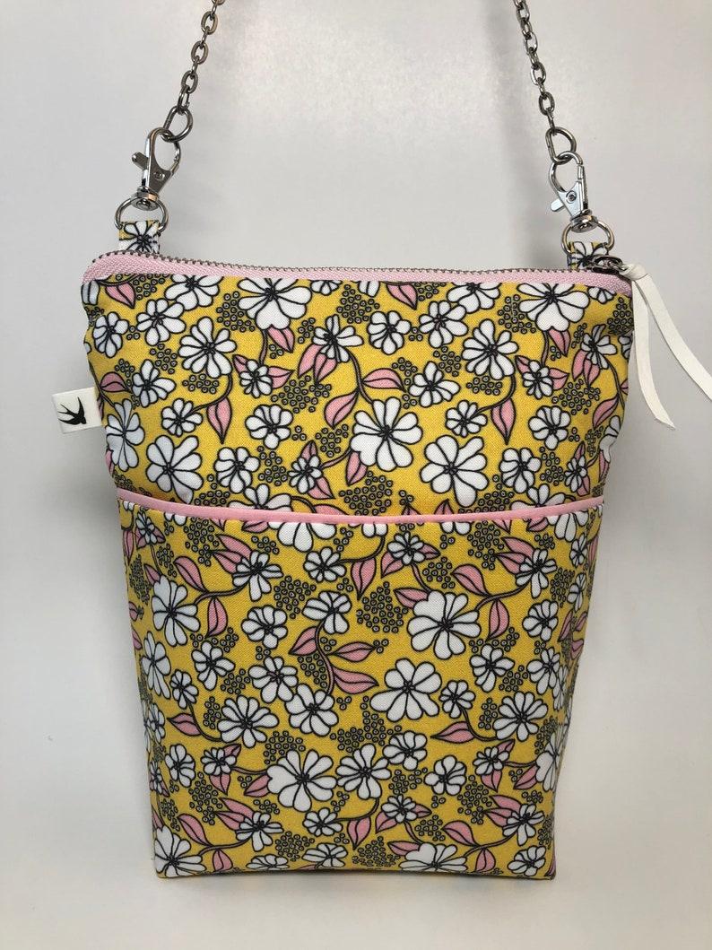 Summer Daisy Flower Crossbody Retro Boho Chain Strap Upcycled Recycled Groovy Denim Mother/'s Day Gift Girlfriend