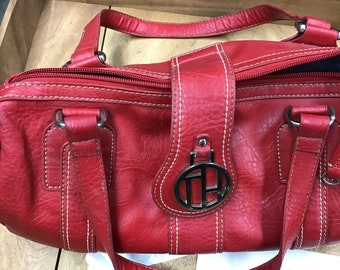 1e7abcd499f Red barrel Tommy Hilfiger bag