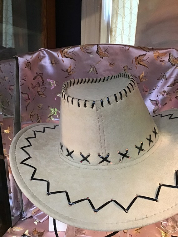 1980 cowboy inspired hat