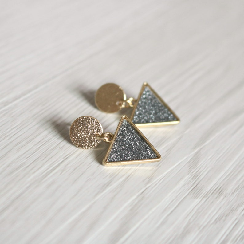 invisible clip on earrings clip on drop earrings non pierced earrings clip on earrings Triangle resin clip on earrings clip-ons