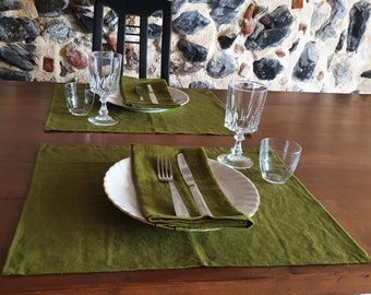 Green place mats set, Linen placemats set for dining table, Christmas table mats, Country table decor, Washable cloth mats, Rustic Natural
