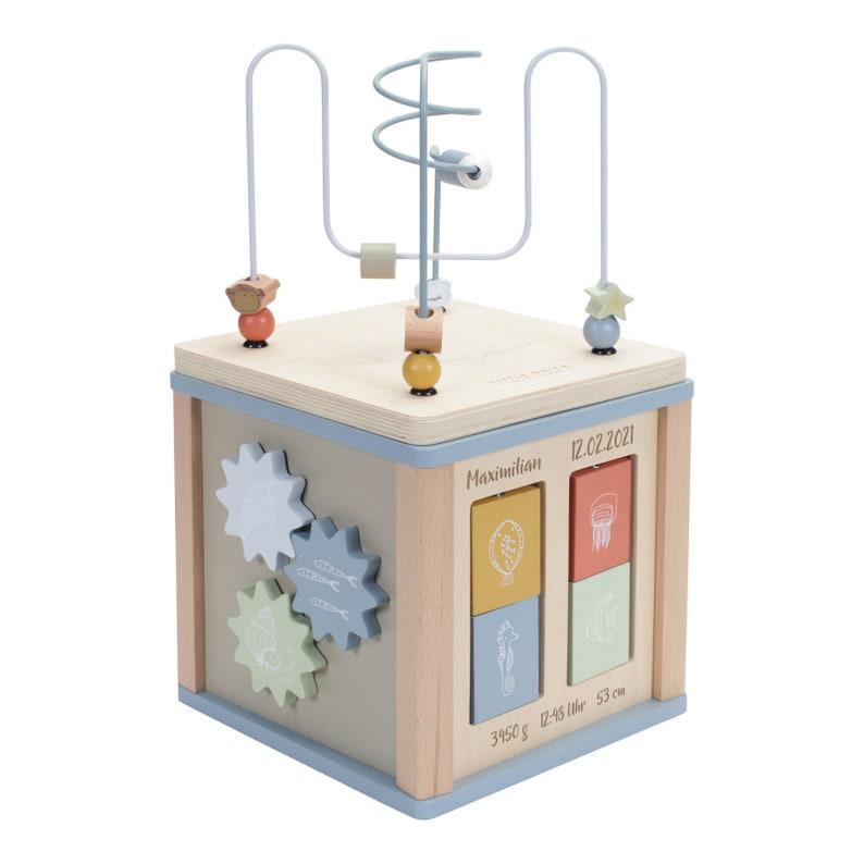 Cube d'activités pour tout-petits - Créatrice ETSY : SchmatzepufferKids