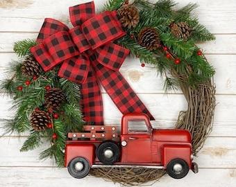 Christmas Wreath | Holiday Wreath | Red Truck Wreath | Front Door Wreath | Farmhouse Wreath | Rustic Wreath | Pine Wreath