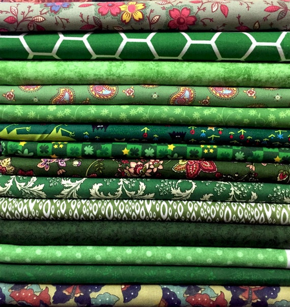 Fat Quarter FQ Bundle 100/% Cotton Blended Red Lime Green Quilting Fabric