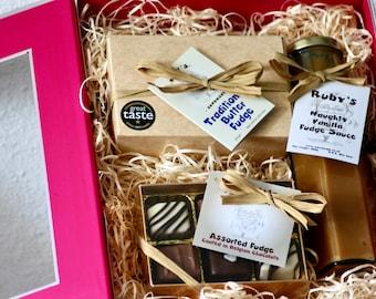 Deluxe Fudge Hamper. Ruby's handmade, award winning crumbly fudge, naughty fudge sauce and chocolate coated fudge assortment gift basket.