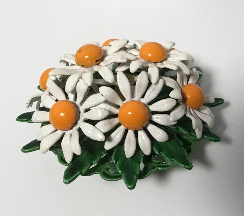 Vintage Enameled Daisy Bouquet Brooch