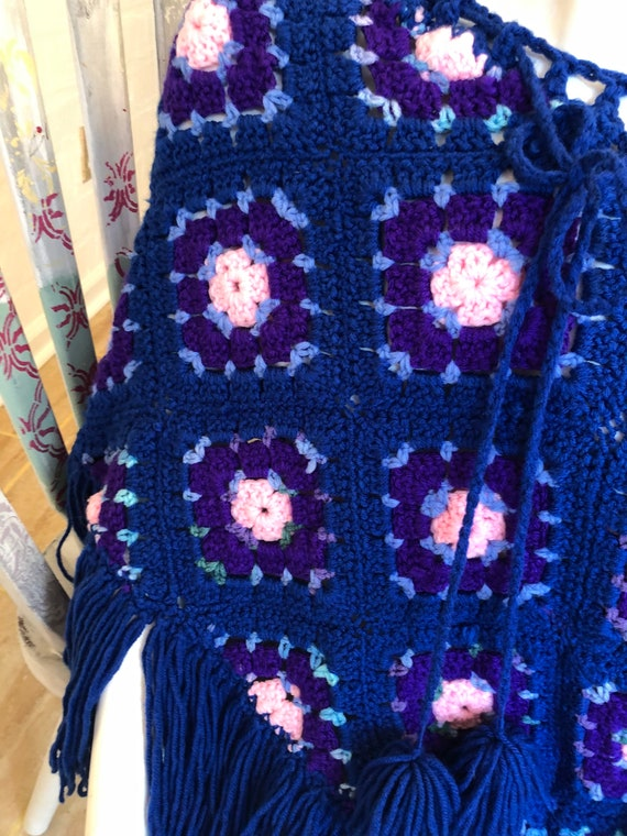 Darling Granny Square hand made women's Pancho - image 8