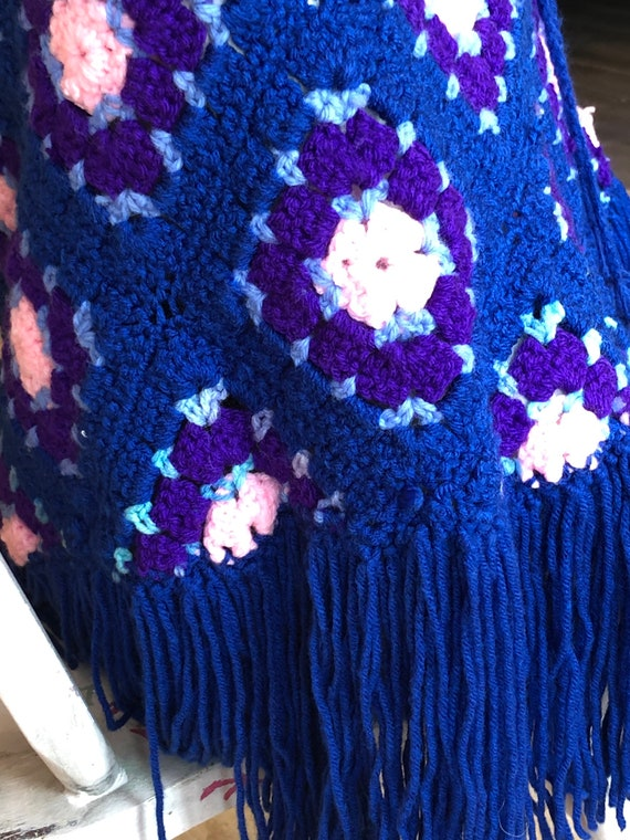 Darling Granny Square hand made women's Pancho - image 9