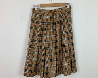 8d1f1ffb98 Women's Vintage 90s Burberry Full Nova Check Pleated Mid Length Skirt UK  Size 8