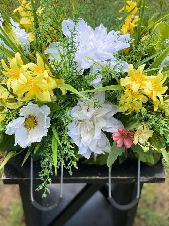 Cemetery Saddle, Headstone Arrangement, Cemetery Arrangement, Memorial Flowers for the Cemetery, Headstone Saddle, Memorial